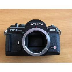 Camara de fotos yashica...
